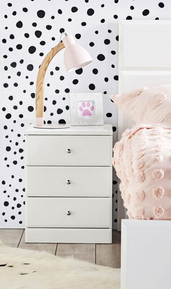 Bedroom organisation solution: Alaska Bedside Table