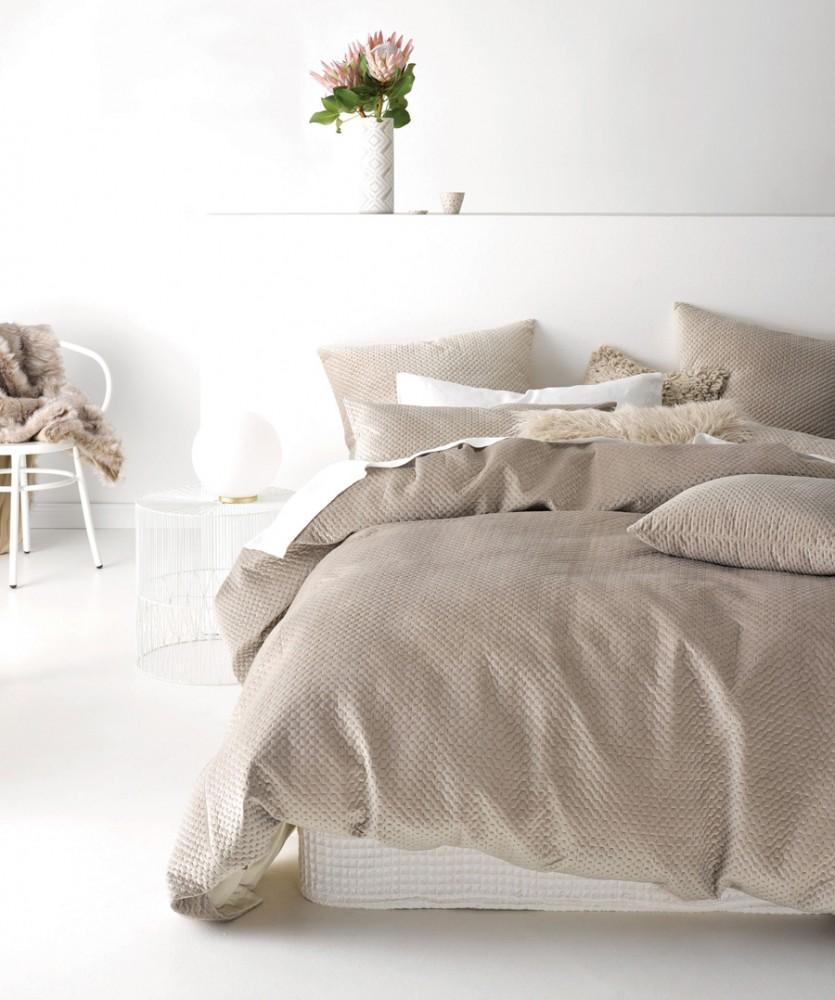 Anya-quilt-cover-set
