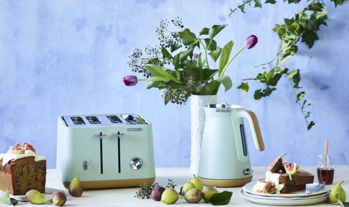 Breakfast Fruit Load with Vanilla Ricotta & Figs Recipe