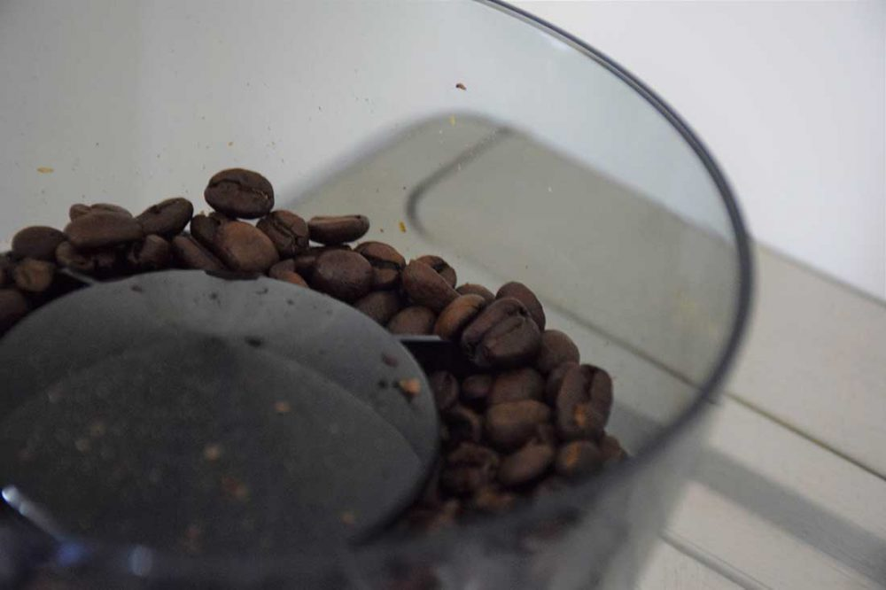 Coffee beans to be used in the De'Longhi La Specialista Maestro Coffe Machine.