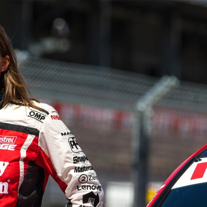 Female-Race-Car-Driver