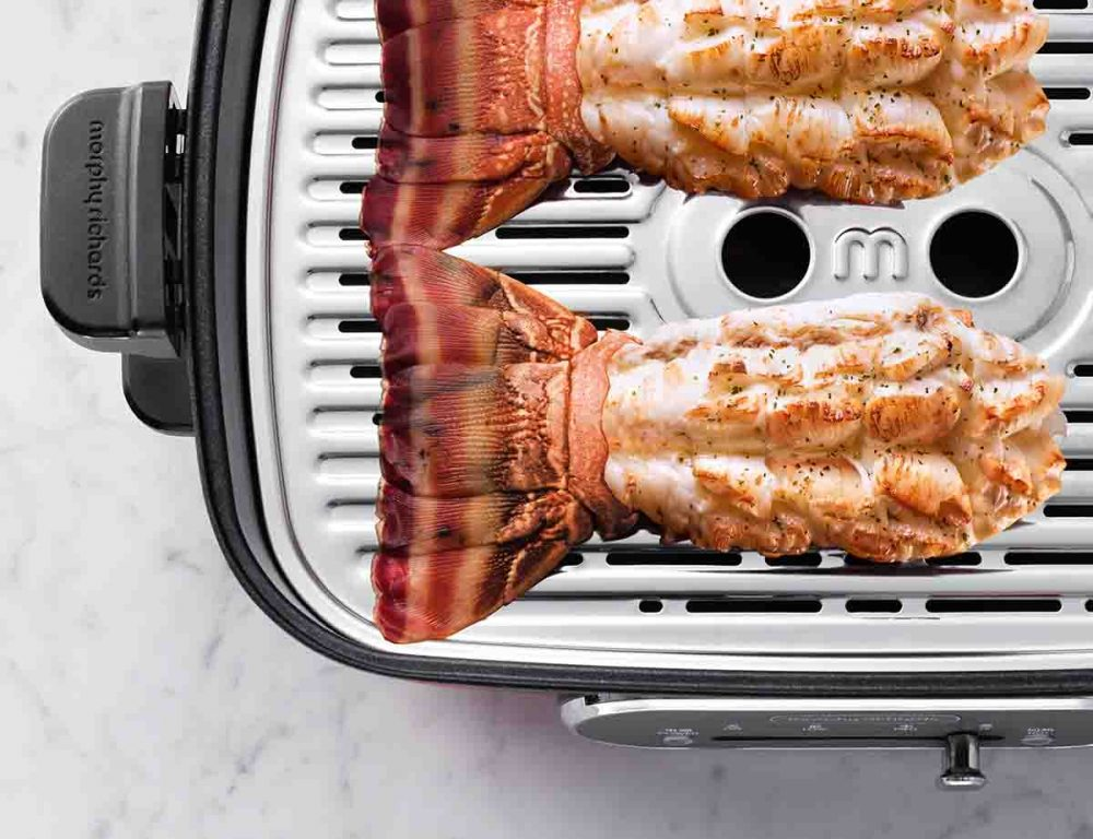 Lobsters being grilled in the Morphy Richards Multi-function Cooking Pot.