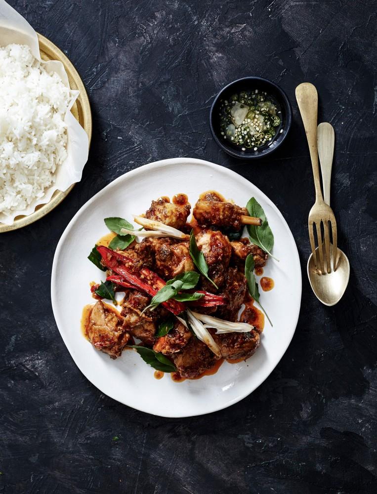 Red-curry-chicken-stir-fry