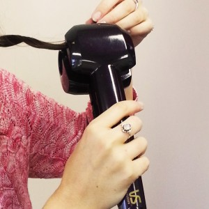 Hair slides straight into the chamber in one smooth movement.