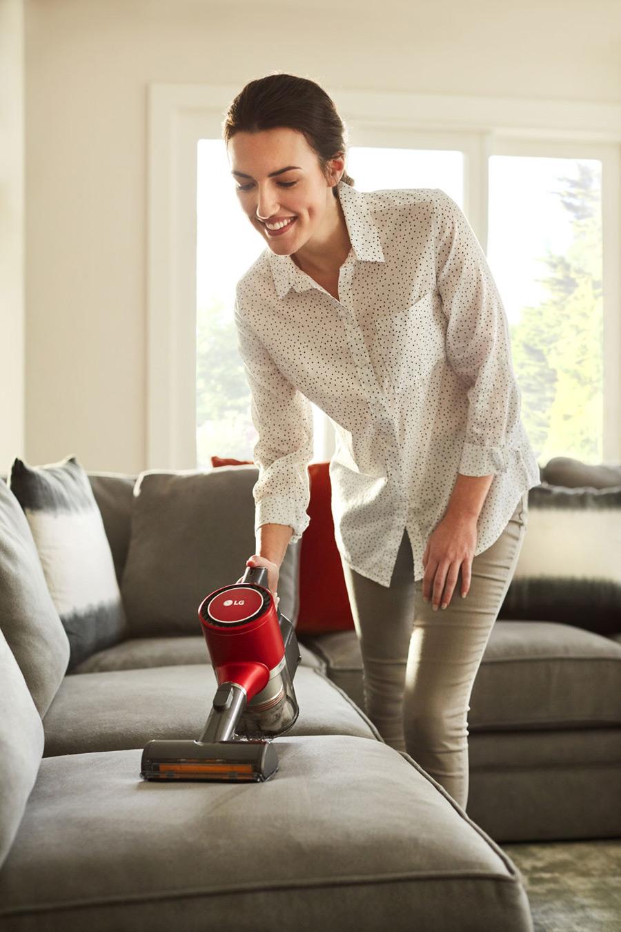lg-handheld-vacuum-cleaner