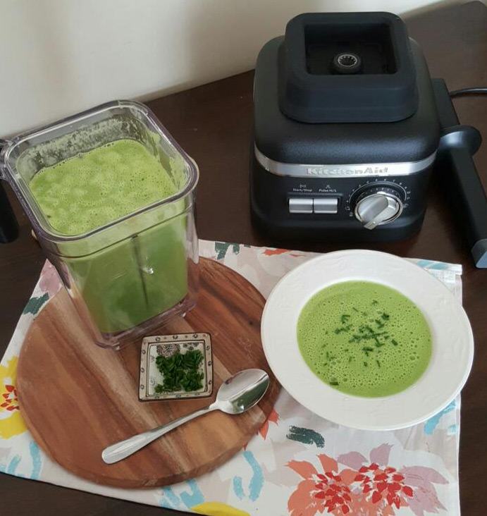 pea-potato-spinach-soup